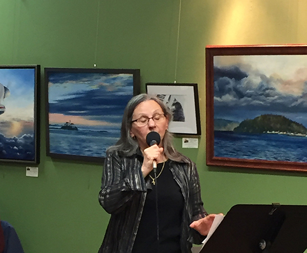 Priscilla Patterson singing at Sequim Spice and Tea